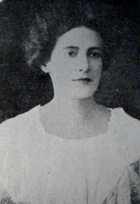 Francisca_Julia_1905