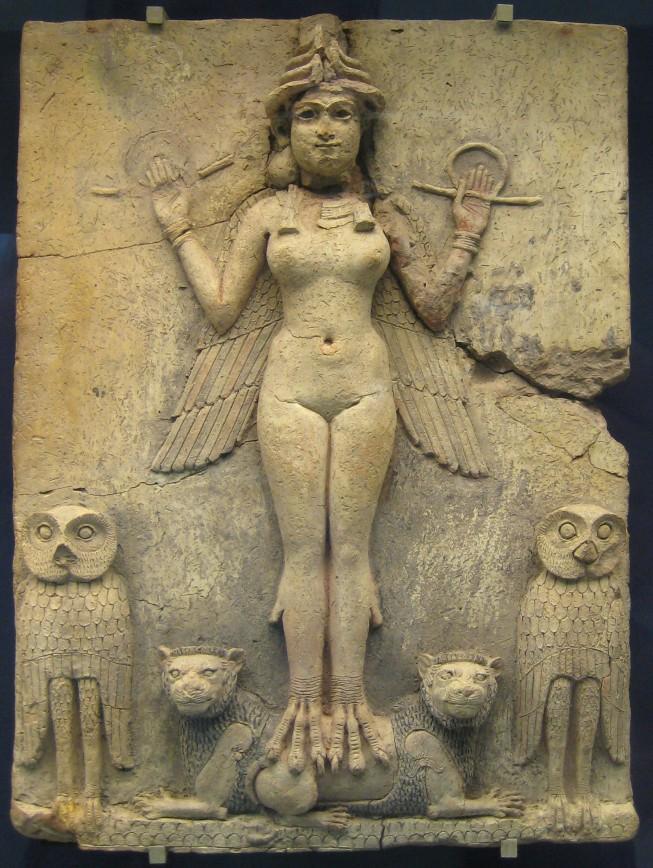 """Relevo mesopotâmio em terracota,em exposição no British Museum conhecido como """"Rainha da Noite"""", que, acredita-se, seria uma representação da deusa Inana/Ishtar"""