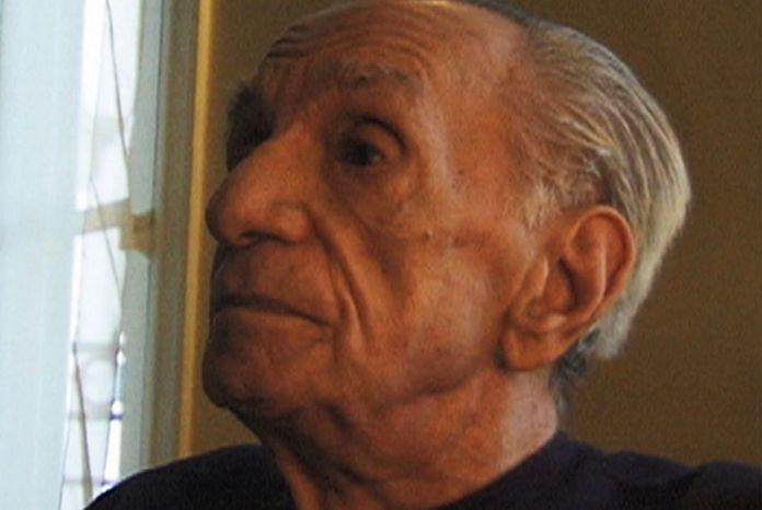João Cabral, no documentário Recife/Sevilha (2003)